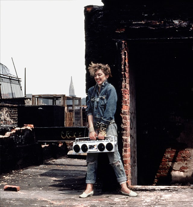 beautiful-photographs-of-madonna-in-new-york-city-1982-14